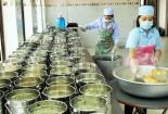 Đảm bảo an toàn vệ sinh thực phẩm tại các bếp ăn trường học
