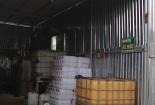 Doanh nghiệp làm hàng ngàn lít nhớt giả nhãn hiệu Castrol, Shell