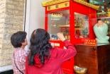 Độc đáo máy xin quẻ tại chùa Vạn Phúc, TPHCM