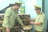 Quảng Bình: Bắt hơn 3.000 chai rượu ngoại nhập lậu
