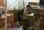 Phát hiện hàng nghìn chai rượu ngoại nghi nhập lậu