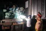 Bắt vụ vận chuyển 30 tấn nội tạng động vật hôi thối