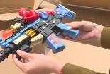 Bắt giữ gần 2000 khẩu súng đồ chơi thuộc danh mục hàng cấm
