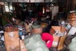 Phát hiện 2 điểm tập kết hàng hóa nghi nhập lậu