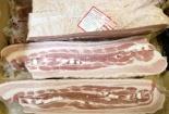 Ồ ạt nhập khẩu lợn ngoại, giá thịt lợn trong nước giảm