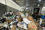 Lật tẩy kho hàng tiêu dùng nhập lậu 'siêu khủng' tại Hà Nội