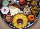 Choáng ngợp với những món ăn truyền thống tinh tế của Ấn Độ