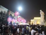 Hàng ngàn người đổ về Royal City trước đêm Trung Thu