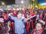 Quảng Ninh: Trai tài, gái sắc xuống phố bung lụa cùng Carnaval Hạ Long 2018