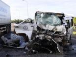 Tai nạn ở Quảng Nam: Hiện trường 2 xe 'nát tươm' sau cú va chạm kinh hoàng