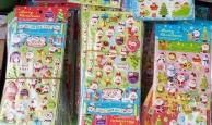 Miếng dán hoạt hình được cảnh báo nguy hiểm vẫn được bán tràn lan