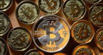 http://vietq.vn/dong-bitcoin-bay-hoi-chong-mat-nguoi-choi-cho-mao-hiem-d134769.html