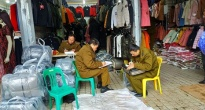 http://vietq.vn/nhieu-co-so-kinh-doanh-phot-lo-quy-dinh-vi-pham-niem-yet-gia-hang-hoa-d152529.html