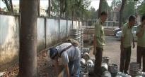 http://vietq.vn/tieu-huy-gan-1500-lit-bia-hoi-khong-ro-nguon-goc-xuat-xu-d156251.html