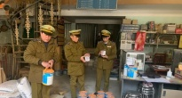http://vietq.vn/son-chong-ri-son-ngoai-troi-chong-tham-da-qua-han-su-dung-van-ngang-nhien-bay-ban-d182925.html