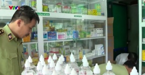 Hà Nội: 90% nước muối sinh lý bày bán không rõ nguồn gốc xuất xứ