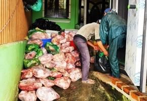 """Lâm Đồng: Phạt cơ sở trữ 8 tấn thịt heo """"bẩn"""" hơn 100 triệu đồng"""