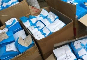 Chủ lò mổ xoay sang sản xuất khẩu trang y tế giả