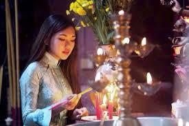Cần kiêng kị những gì khi đi lễ chùa ngày Mồng Một Tết?