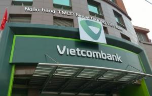 Tiền của khách liên tục 'bốc hơi', Vietcombank vẫn kiếm 9.328 tỷ đồng