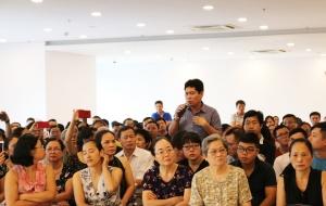 Cư dân đưa 'yêu sách', chủ đầu tư Hòa Bình Green City lại... 'hứa hẹn'