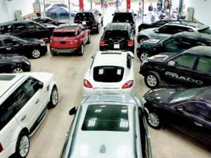 Lưu ý khi mua xe ô tô cũ: Kiểm tra chi tiết kỹ thuật xe
