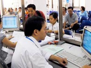 Hà Nội: Lạm dụng lao động hợp đồng thay công chức, trả lương tùy tiện