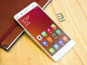Smartphone của Trung Quốc 'nhái' hoàn toàn ios7 của Apple