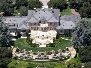 Những ngôi nhà hấp dẫn nhất của tỷ phú giàu có vòng quanh thế giới