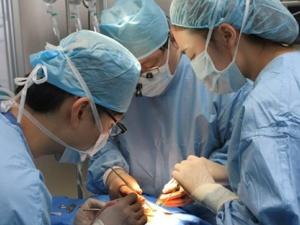 Tin mới nhất 3 trẻ tử vong mổ từ thiện ở Khánh Hòa