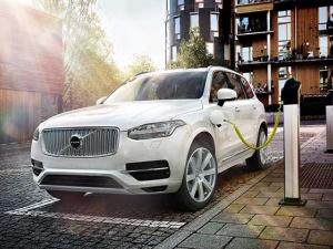 Siêu xe Volvo XC90 ra mắt đánh bại BMW