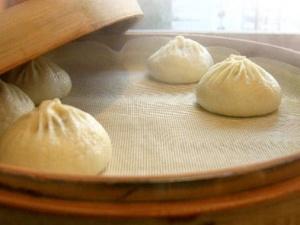 Trung Quốc phát hiện nồi hấp bánh chứa silica gel