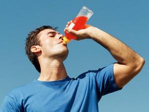 Nước tăng lực dễ gây hại cho tim mạch