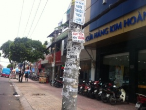 Sài Gòn đang bị bao vây khắp nơi bởi các loại 'rác'