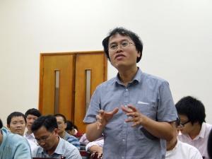 Việt Nam thi Toán Quốc tế IMO: Đừng quá khen hay quá chê