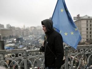Tình hình Ukraine: Ukraine phê chuẩn Hiệp định liên kết với EU