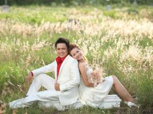 Cách chọn vest cưới tôn dáng cho chú rể