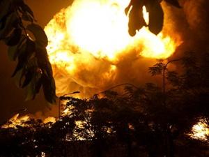 Cập nhật toàn cảnh hiện trường cháy nổ dữ dội tại KCN Việt Nam - Singapore tỉnh Bình Dương