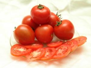 Mỹ thu hồi cà chua bị nhiễm khuẩn