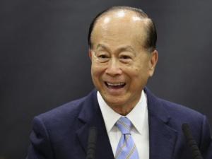 Người đàn ông giàu nhất châu Á đầu tư tiền tỷ vào thị trường cho thuê máy bay