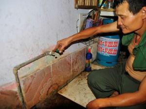 Dân Hà Nội lại thiếu nước sạch