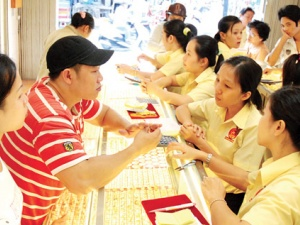 Giá vàng ngày 30/9/2014: Tin tức nền kinh tế Mỹ đẩy giá vàng lao dốc