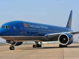 Hành khách khó thở, máy bay VNA hạ cánh khẩn