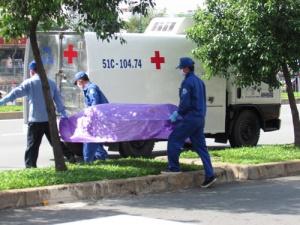TPHCM: Kinh hoàng tìm thấy xác cô gái bị chặt thành nhiều khúc