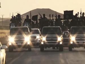 IS vượt qua các cuộc không kích và ngày càng đáng sợ