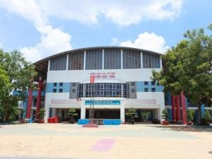 Hiệu trưởng lên tiếng về những điều khủng khiếp ở trường Nguyễn Hữu Tiến