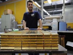 Giá vàng ngày 23/10/2014: Thiếu lực hỗ trợ giá vàng lao dốc nhưng không bền vững
