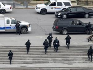 Canada điều tra các liên hệ khủng bố của kẻ nã súng