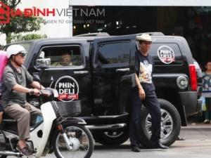 Đại gia Việt mua thị trấn Mỹ gây 'náo loạn' cả khu phố Sài Gòn