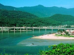 Những địa điểm du lịch lí tưởng khi đến Huế